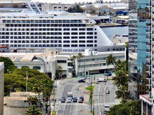 Hawaii tourism cruise ship