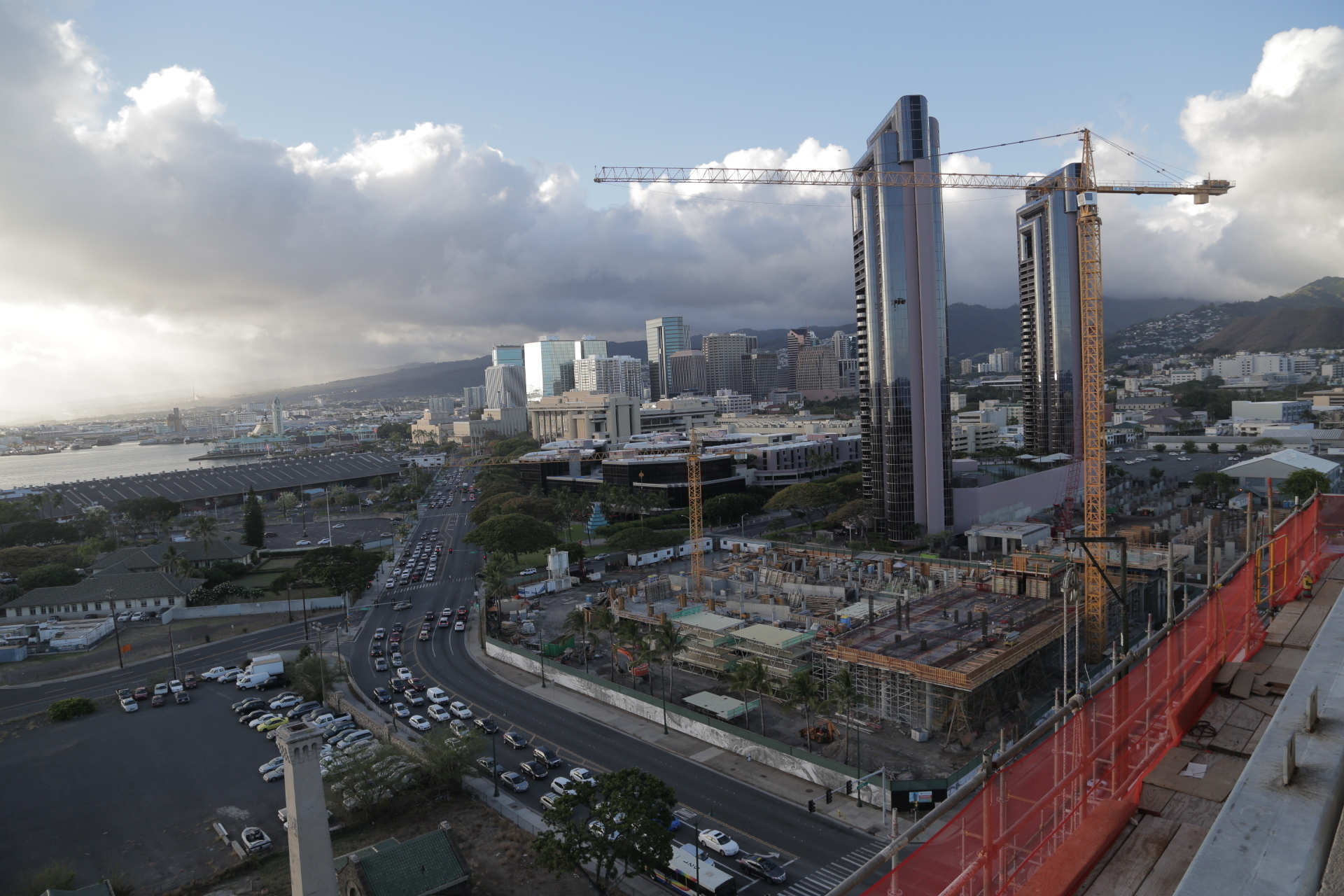 Kakaako construction